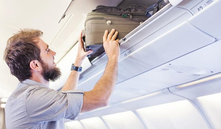 Prohibido el equipaje de mano en cabina en Gran Bretaña