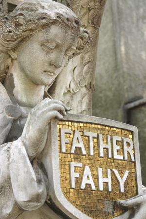 Father Fahy, Recoleta Cemetery