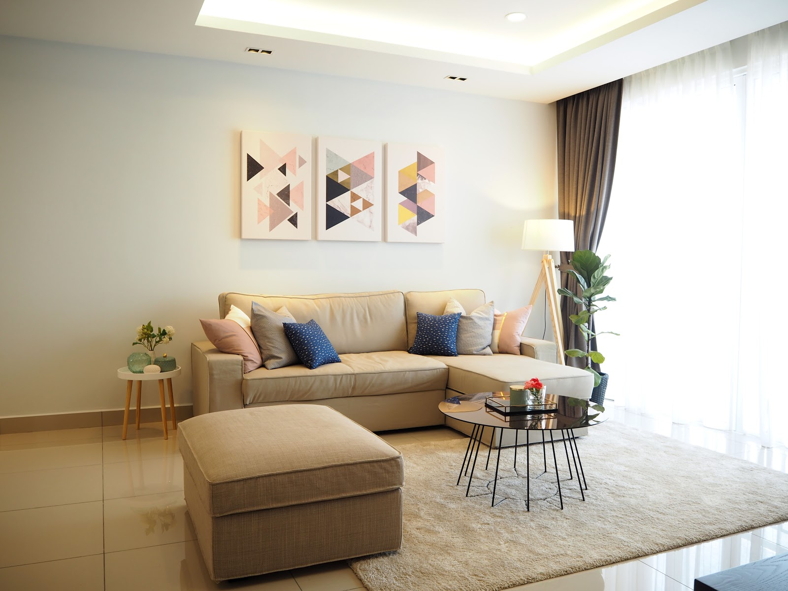 8 Budget Interior Design Ideas   Recommend.my on Awesome Apartment Budget Apartment Living Room Ideas  id=89651