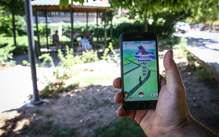 Things You Should Never Do While Playing Pokémon Go