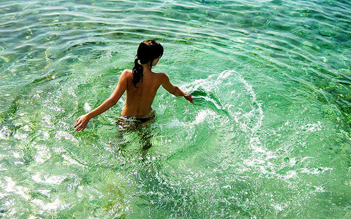 Nude milf in beach-7250