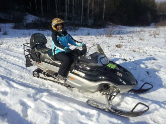 Di-on-a-snowmobile