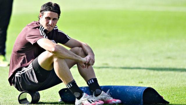 El delantero mexicano no podrá estar en los duelos ante Jamaica, Costa Rica y Panamá por la negativa del Wolverhampton de permitirle viajar durante la Fecha FIFA