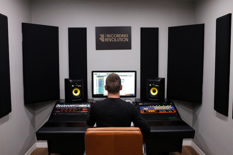 """The 8 """"Laws"""" Of Music Making In The Home Studio"""