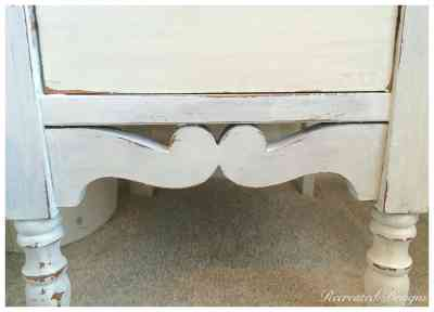 the distressing of white milk paint