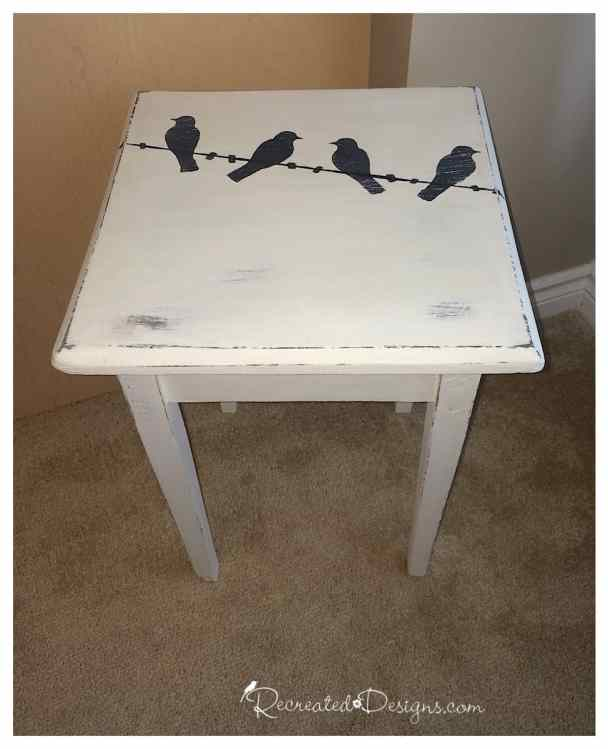 Birds_on_wire_table