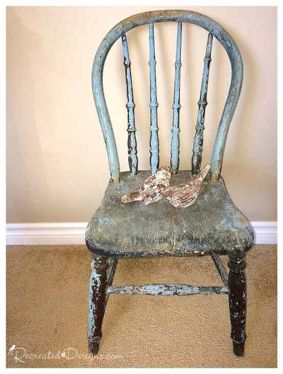 antique-chair-with-chippy-paint