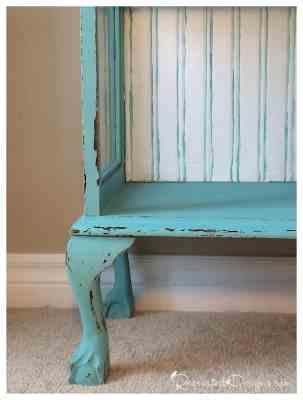 gorgeous-legs-antique-bookcase