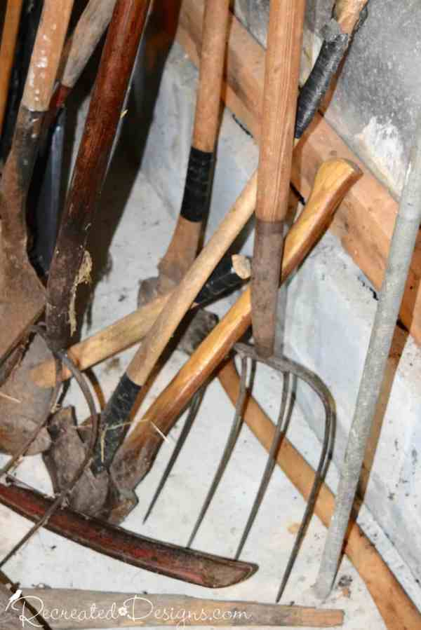 antique farm tools, Quebec