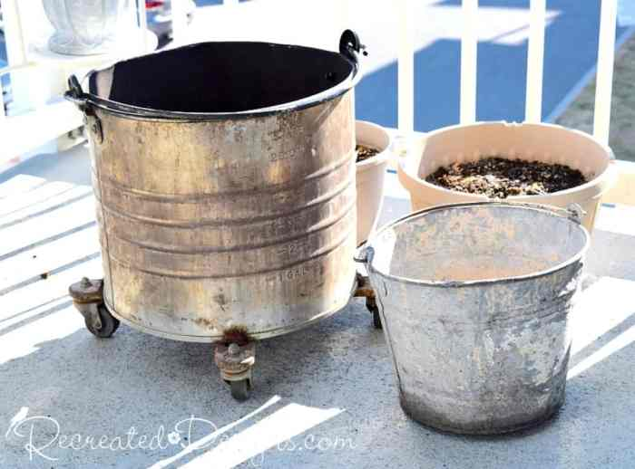 gavlanized pail and metal mop bucket