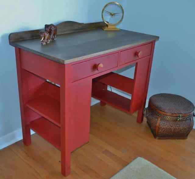 cathy-haley-oak-deskred