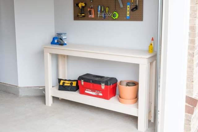 make-a-simple-workbench-diy-1