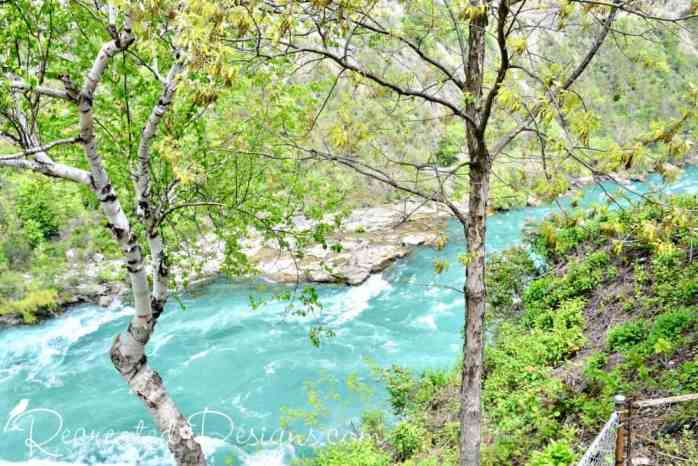 gorgeous blue water of the Niagara river