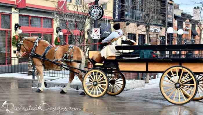 Horse and wagon Christmas Byward Market Ottawa, Canada