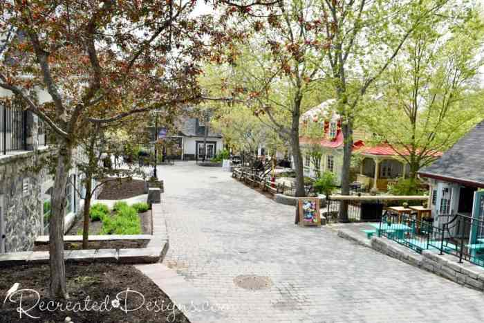 Mont Tremblant village shops and restaurants