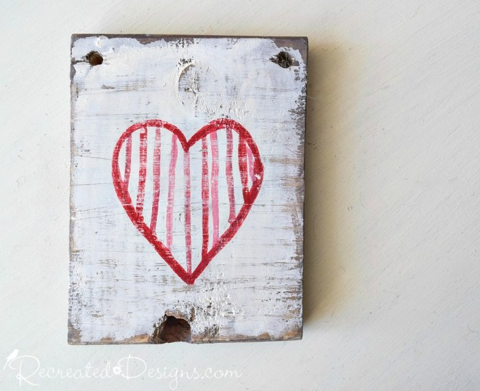 Miss Mustard Seed's Milk Paint red and pink heart