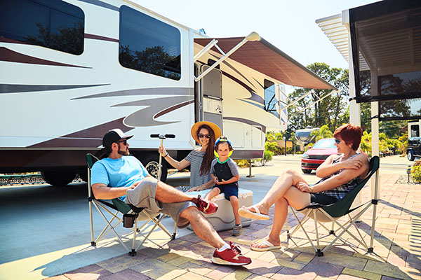 Buying an RV: Dealer vs. Private Seller