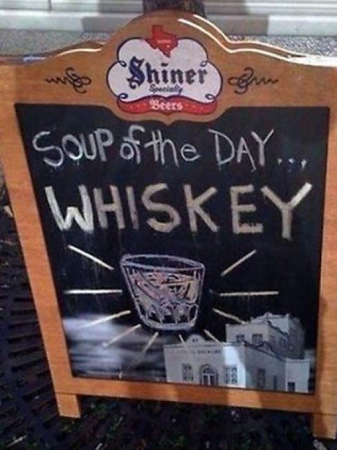 """anuncio de bar """"Whiskey, sopa del día"""""""