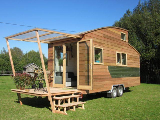 elegante y pequeña casa rodante