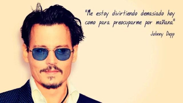 Frase Johnny Depp, me estoy divirtiendo