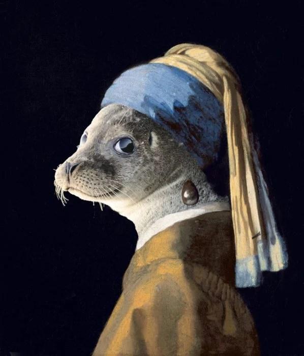 la joven de la perla foca sonriente