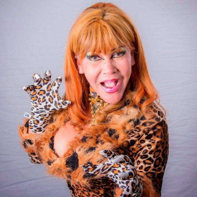 cougar mujer tigresa