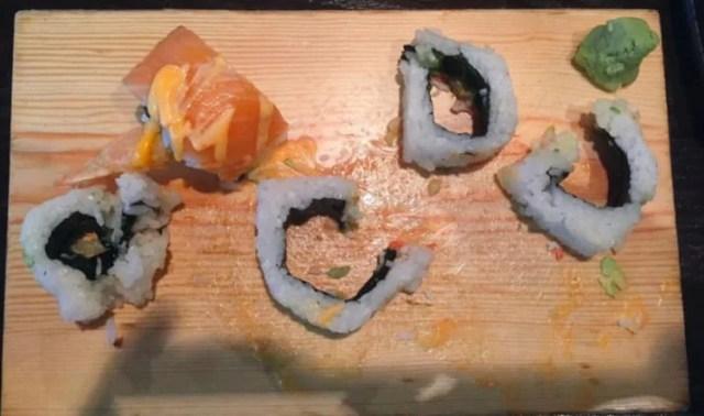sushi relleno destruido