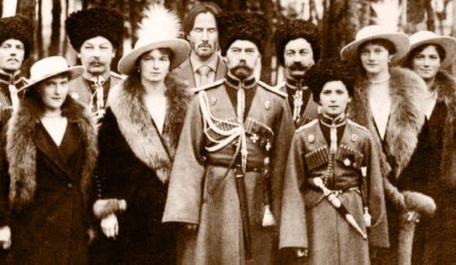 Batalla PS Keanu Reeves en fotografía rusa antigua