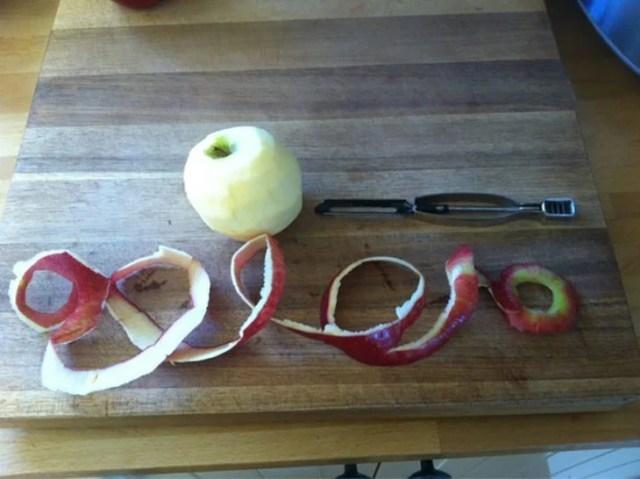 cáscara perfecta manzana sin romper