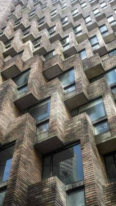 Edificio maneras perfectas cuadradas