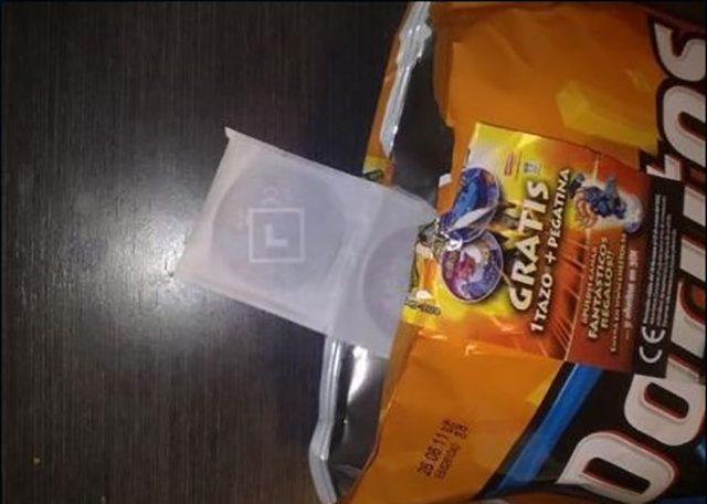 dos tazos en la misma bolsa