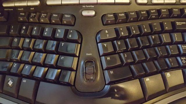 letras borradas teclado paso del tiempo