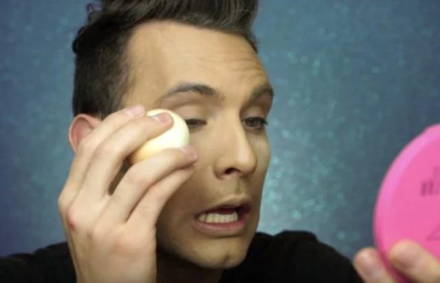 Maquillaje con huevo