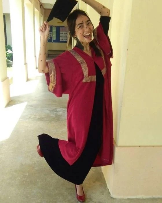 graduada chavala de Malasya