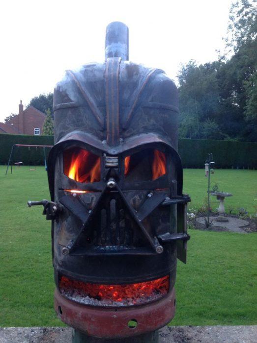 horno de hierro con la constituye de Darth Vader