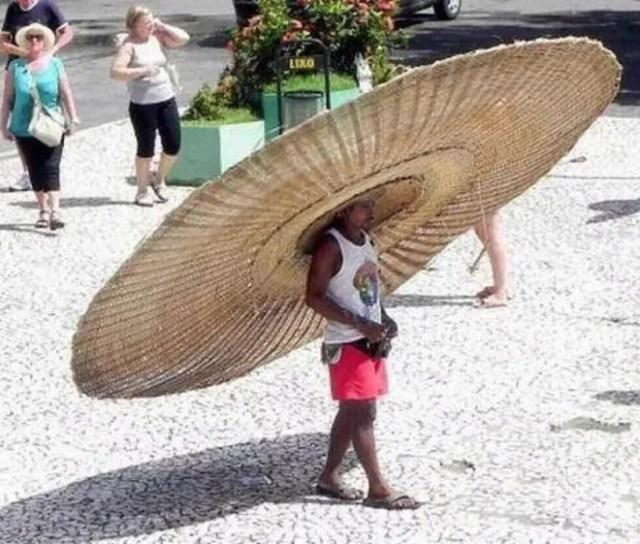 Sombrero enorme