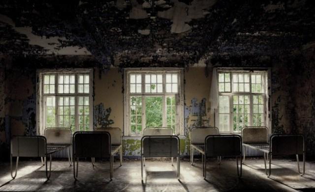 orfanato pequeños abandonados