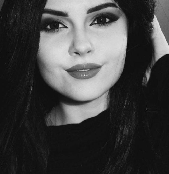 Selena Gomez Cosplay