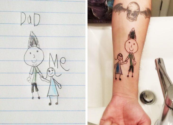 Se tatúo el dibujo que le regaló su hijo