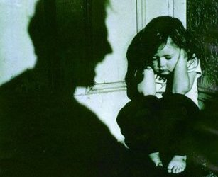 Abuso infantil, consecuencias y tratamiento