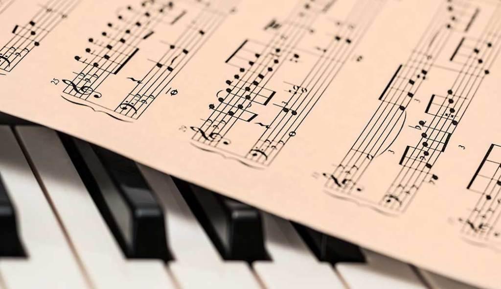 Figuras literarias con música