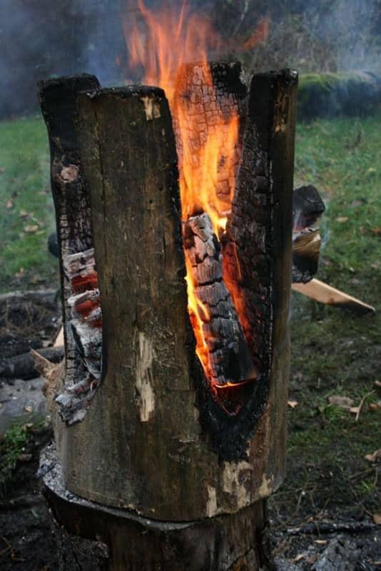 Burned Out Tree Trunk Stools By Kaspar Hamacher Recyclart