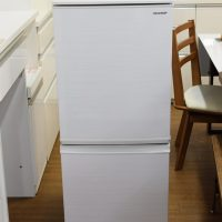137L2ドア冷蔵庫 シャープ SJ-D14F-W