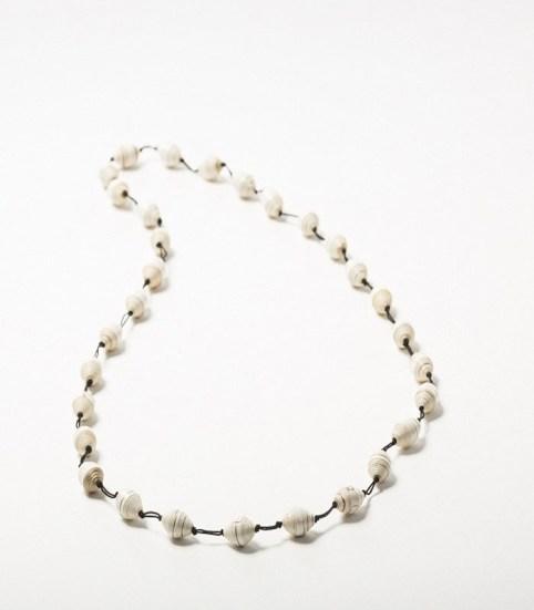 _0015_Magazine Candy Cane Necklace White
