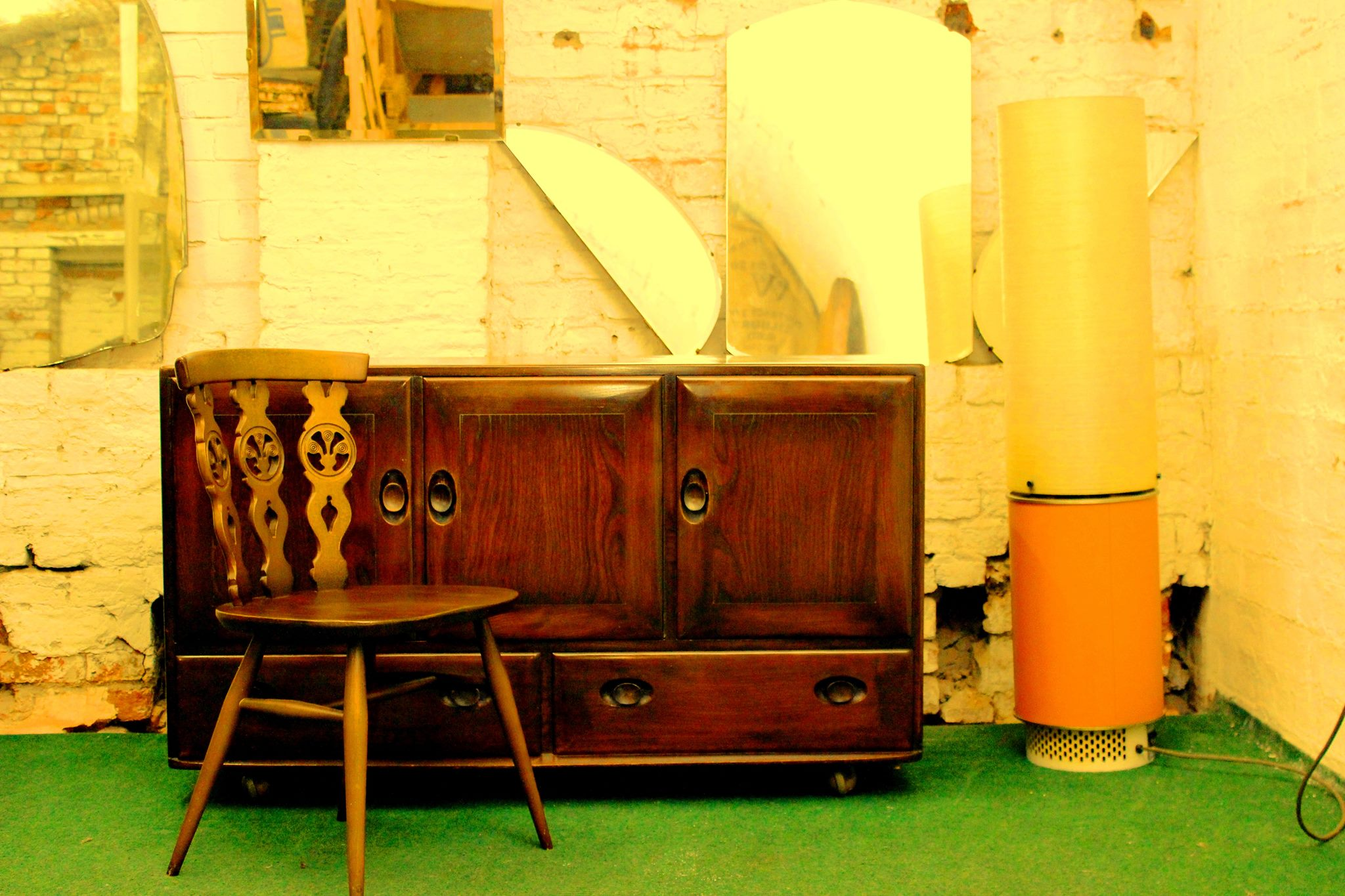 Newcastle used furniture recycle your furniture vintage and antiques pieces. Shop Online, UK delivery