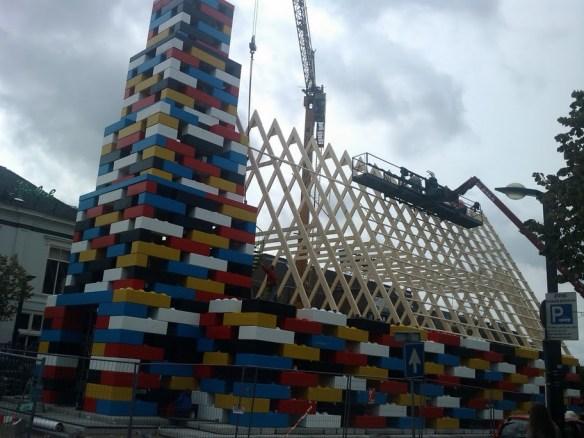 необычное использование LEGO 5