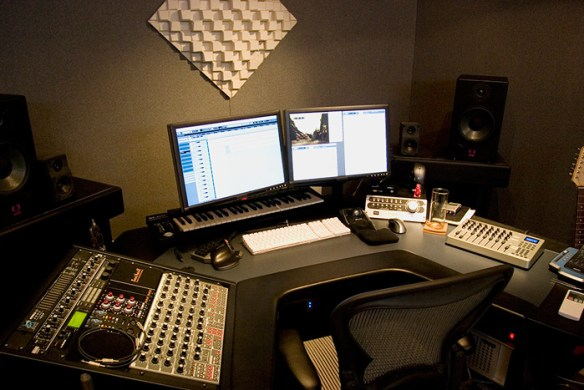 Создание музыки Deep Techno и Deep House1
