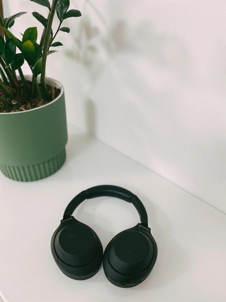 Sony WH-1000MX4 noise cancelling headphones