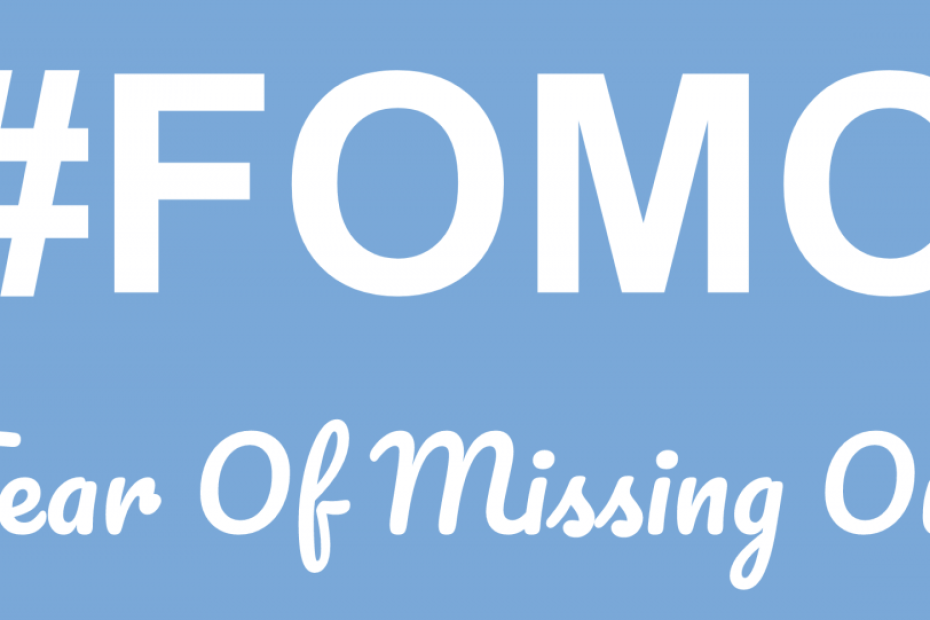 10 signs that you suffer from FOMO (and how you convert it to JOMO)