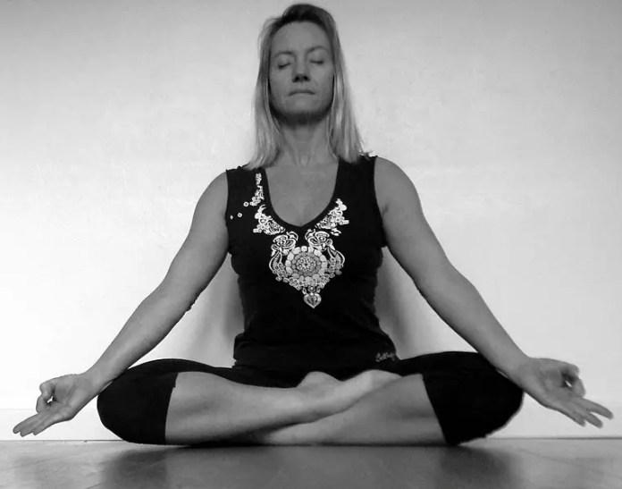 BREATHING EXERCISES FULL YOGA BREATHING (PRANAYAMA)